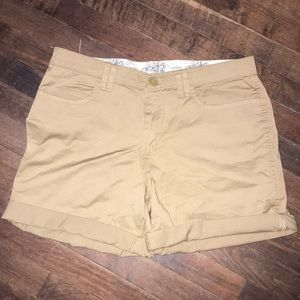 NWOT women's Lee Riders khaki shorts